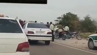 حمله به مأموران پلیس حین جلوگیری از تردد یک خودروی غیربومی/ ۵ نفر بازداشت شدند