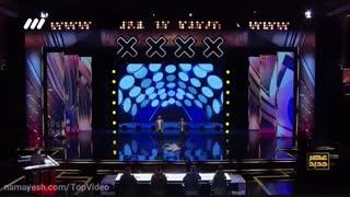 اجرای خوانندگی کردی و فارسی محمد امین فراهانی و احمد جعفری در فصل دوم عصر جدید