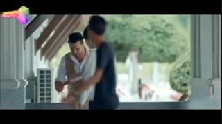 فیلم کمدی چهار انگشت ، دست فروشی ایستاده (جواد عزتی) در کامبوج!