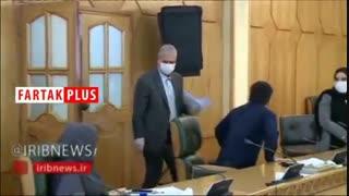 ضدعفونی کردن سخنگوی دولت قبل از شروع نشست خبری